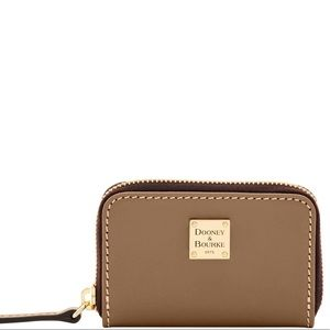 Dooney & Bourke Bags - NWT DOONEY BOURKE MINI WALLET